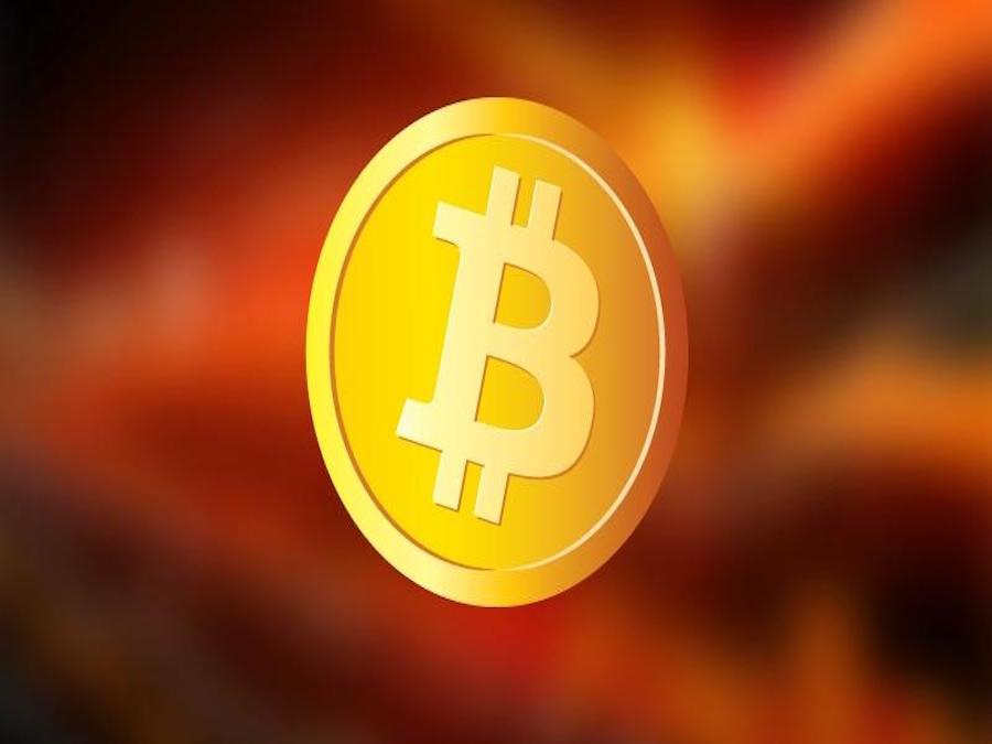 BitCoin, la SEC boccia l'ETF, sfiorata quota 1000