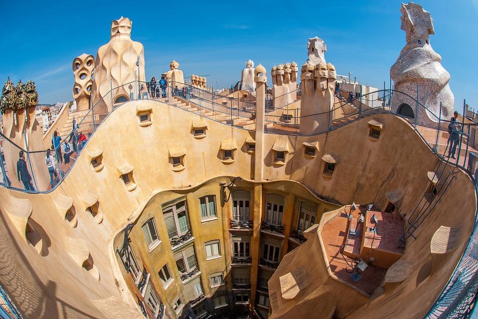 Mercato immobiliare: in Spagna Barcellona guida il recupero