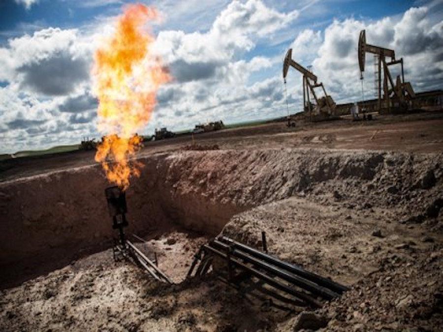 Natural Gas fra abbondanza di scorte e crisi in Qatar