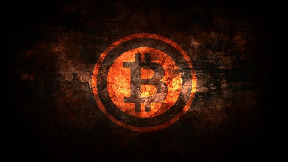 BitCoin si o no? La valuta digitale lotta per diffondersi