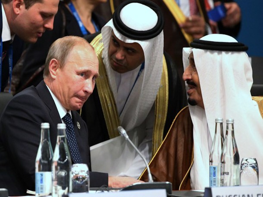 Petrolio. OPEC e Russia pronte ad una collaborazione ventennale