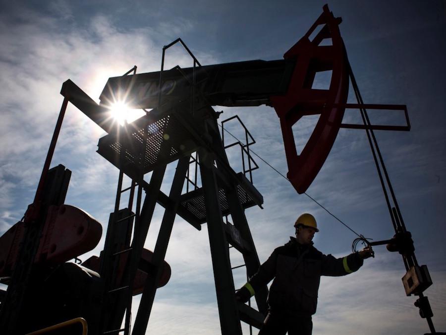 Petrolio: OPEC e Russia pronta ad aprire i rubinetti sotto la pressione degli USA