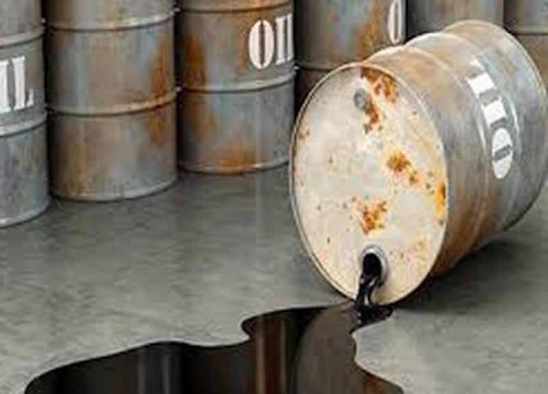 Petrolio in caduta libera: mai così male in sei mesi…