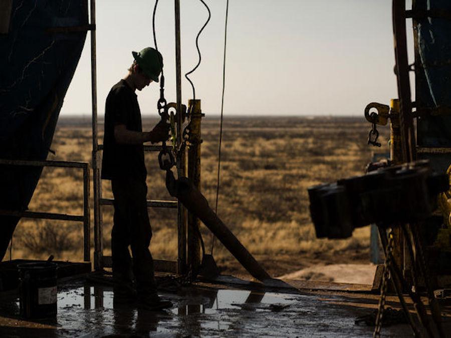 Petrolio: i produttori Shale fissano le vendite